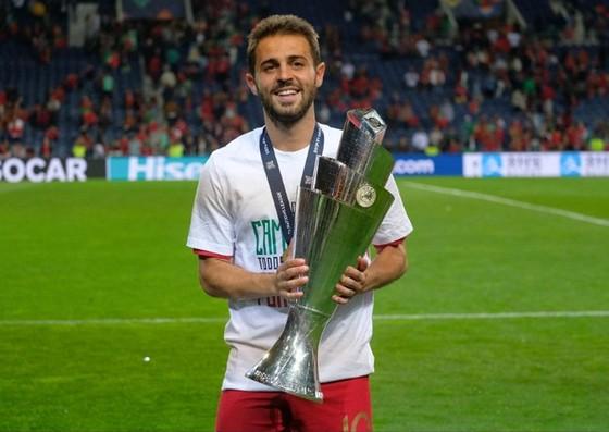 FIFA The Best Men 2019: Sự vắng mặt khó hiểu của Alisson, Bernardo ảnh 1