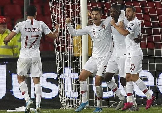 Vòng loại EURO 2020: Kane ghi hat-trick, Tam sư duy trì thành tích hoàn hảo ảnh 1
