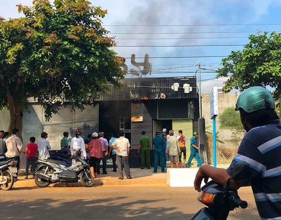 Cháy nhà hàng ở Đồng Nai, 6 người tử vong ảnh 1