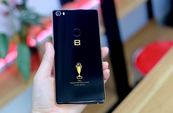 Kỳ vọng smartphone thương hiệu Việt ảnh 1