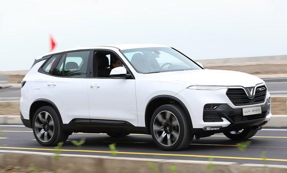 VinFast hoàn thành sản xuất thử nghiệm chiếc LUX SUV đầu tiên ảnh 3