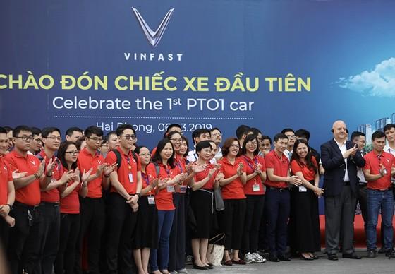 VinFast hoàn thành sản xuất thử nghiệm chiếc LUX SUV đầu tiên ảnh 7