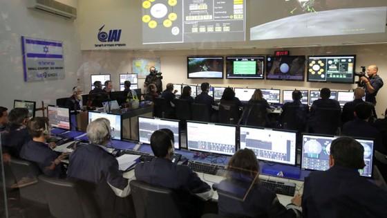 Tàu vũ trụ tư nhân Israel rơi khi đổ bộ mặt trăng  ảnh 1