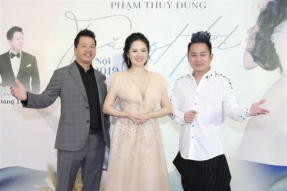 """Ca sĩ Phạm Thùy Dung sẽ biểu diễn cùng Dàn nhạc Giao hưởng Mặt trời trong liveshow """"Trăng hát""""  ảnh 2"""