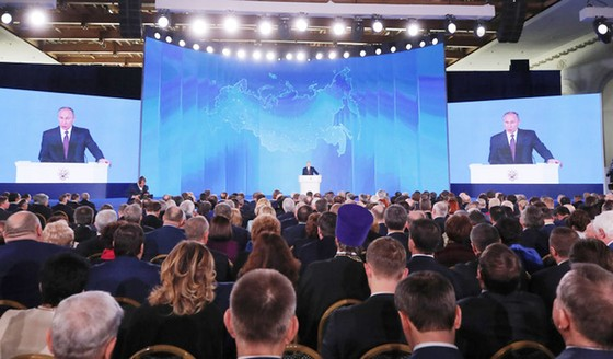 Tổng thống Nga Vladimir Putin đọc Thông điệp liên bang ảnh 3