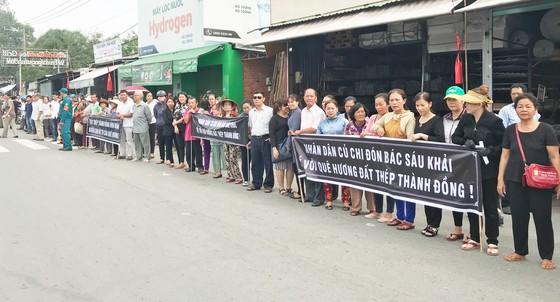 Đông đảo các tầng lớp nhân dân đưa tiễn nguyên Thủ tướng Phan Văn Khải ảnh 40