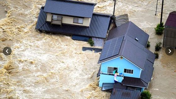 Hơn 100 người chết và mất tích trong đợt mưa lớn kỷ lục tại Nhật ảnh 25