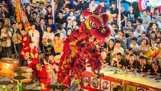 Mãn nhãn những màn trình diễn lân sư rồng tại Sun World Danang Wonders ảnh 2