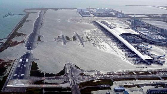 Siêu bão Jebi tiếp tục gây thiệt hại tại miền Tây Nhật Bản ảnh 11