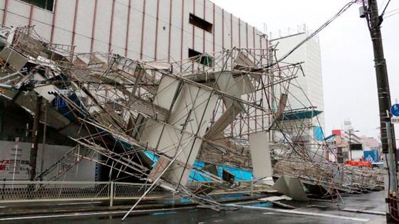 Siêu bão Jebi tiếp tục gây thiệt hại tại miền Tây Nhật Bản ảnh 9