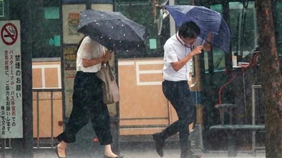 Siêu bão Jebi tiếp tục gây thiệt hại tại miền Tây Nhật Bản ảnh 10