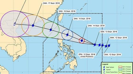 Siêu bão Mangkhut mạnh cấp 17 sẽ vào biển Đông sau khi bão số 5 suy yếu ảnh 2