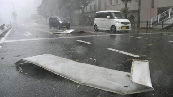 Bão Trami đổ bộ Nhật Bản, 5 người bị thương ảnh 6