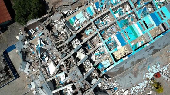 Số người chết vì động đất, sóng thần Indonesia tăng lên hơn 1.200 người ảnh 18