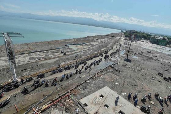 Số người chết vì động đất, sóng thần Indonesia tăng lên hơn 1.200 người ảnh 2
