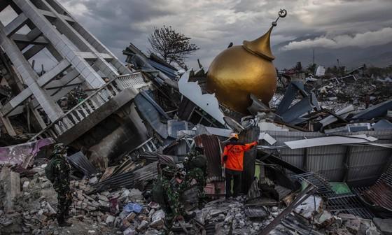 Số người thiệt mạng trong thảm họa kép tại Indonesia đã lên đến 1.944 người ảnh 16