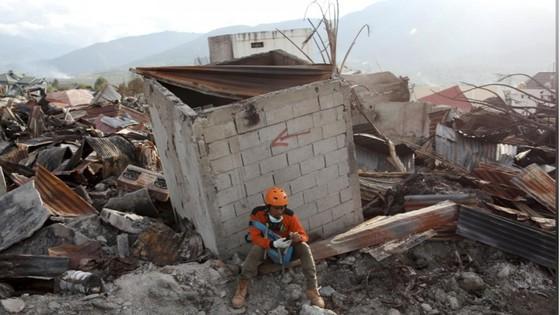Số người thiệt mạng trong thảm họa kép tại Indonesia đã lên đến 1.944 người ảnh 7