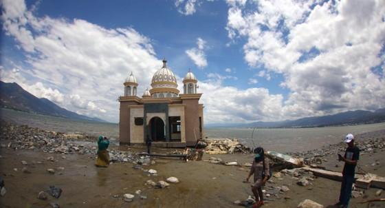Số người thiệt mạng trong thảm họa kép tại Indonesia đã lên đến 1.944 người ảnh 11