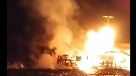 Vụ cháy xe bồn chở xăng dầu ở Bình Phước: Nguyên nhân bước đầu là do tai nạn giao thông ảnh 3