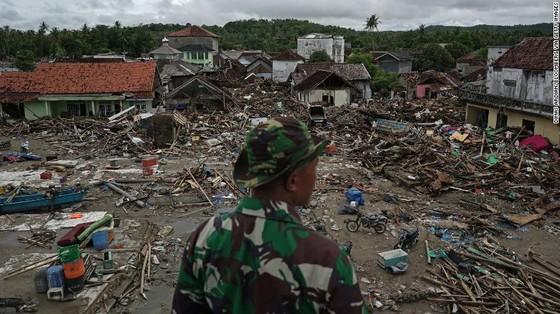 429 người thiệt mạng, 1.485 người bị thương và ít nhất 154 người mất tích trong trận sóng thần tại Indonesia ảnh 9