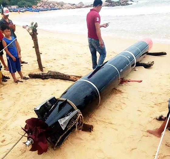 Vật thể được ngư dân phát hiện tại bờ biển Phú Yên là ngư lôi bắn tập của nước ngoài ảnh 1