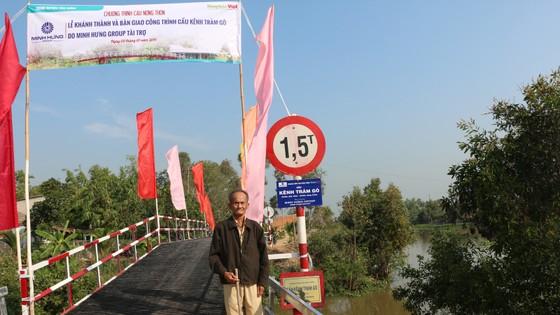 Khánh thành 8 cây cầu mới tại huyện Tân Hưng ảnh 1