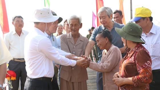 Khánh thành 8 cây cầu mới tại huyện Tân Hưng ảnh 2