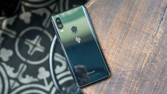 Top 6 smartphone sẽ khuynh đảo thị trường Tết Kỷ Hợi 2019 ảnh 3