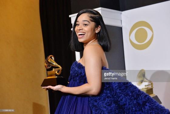 """""""Golden Hour"""" của Kacey Musgraves thắng giải Album nhạc đồng quê và Album của năm tại Grammy 2019 ảnh 11"""