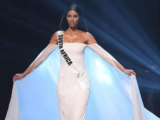 Mỹ nhân Ấn Độ - Meenakshi Chaudhary là Hoa hậu của các hoa hậu ảnh 4