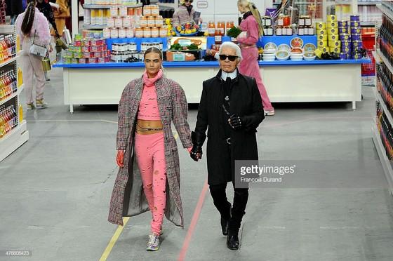 Huyền thoại thời trang Karl Lagerfeld qua đời ở tuổi 85 ảnh 1