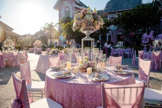 Cận cảnh đám cưới xa xỉ của tỷ phú Ấn Độ tại khách sạn 5 sao JW Marriott Phu Quoc Emerald Bay ảnh 3