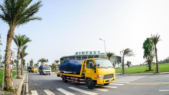 VinFast đưa 155 ô tô Lux ra nước ngoài kiểm thử ảnh 7