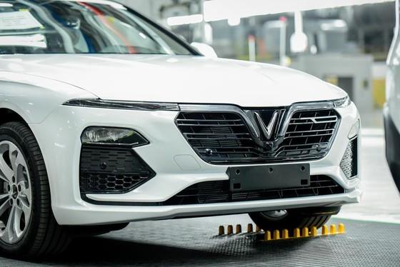 VinFast đưa 155 ô tô Lux ra nước ngoài kiểm thử ảnh 4