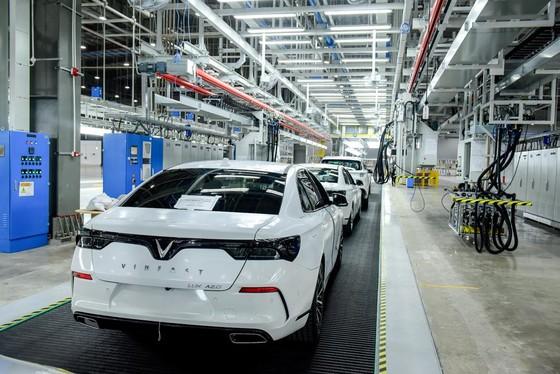 VinFast đưa 155 ô tô Lux ra nước ngoài kiểm thử ảnh 3