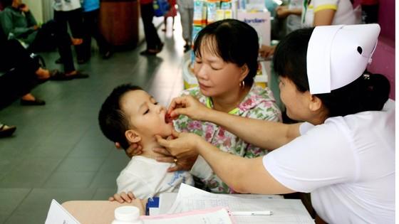 Nỗi lo trẻ suy dinh dưỡng thấp còi ảnh 1