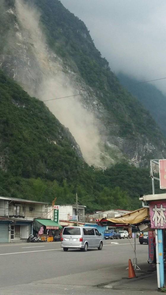 Nhiều tòa nhà bị rung lắc trong động đất mạnh 6,1 độ Richter tại Đài Loan (Trung Quốc) ảnh 4