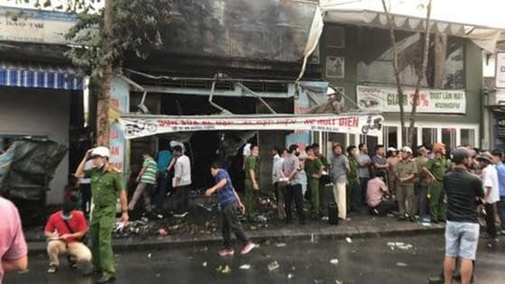 Cháy cửa hàng xe đạp điện lúc rạng sáng, 3 người thiệt mạng ảnh 2
