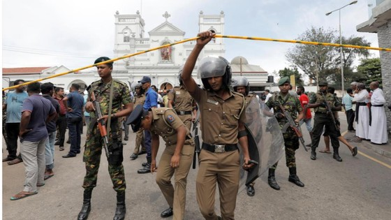 Hàng loạt vụ nổ ở Sri Lanka, ít nhất 207 người thiệt mạng ảnh 15