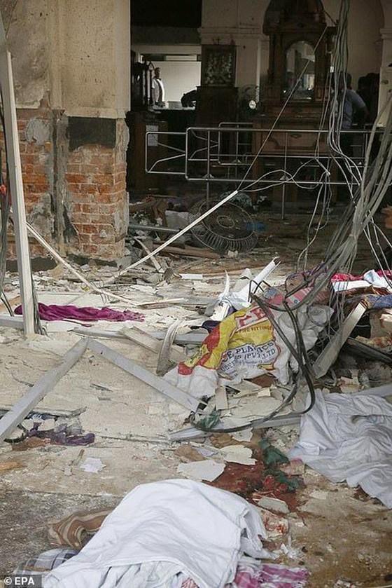 Hàng loạt vụ nổ ở Sri Lanka, ít nhất 207 người thiệt mạng ảnh 7