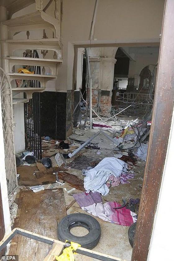 Hàng loạt vụ nổ ở Sri Lanka, ít nhất 207 người thiệt mạng ảnh 8