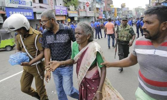 Hàng loạt vụ nổ ở Sri Lanka, ít nhất 207 người thiệt mạng ảnh 14