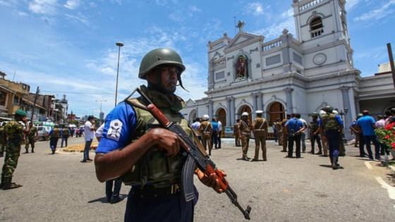 Gần 800 người thương vong trong các vụ nổ tại Sri Lanka ảnh 9