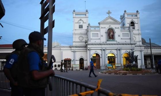 Sri Lanka ban bố tình trạng khẩn cấp quốc gia sau các vụ tấn công ảnh 1