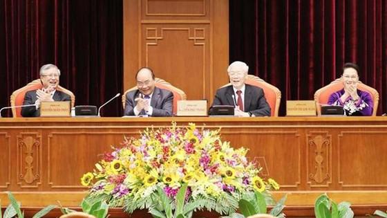 Khai mạc trọng thể Hội nghị lần thứ 10 Ban Chấp hành Trung ương Đảng Khóa XII  ảnh 1