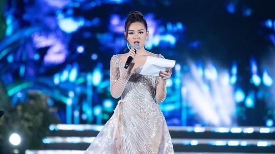 Người đẹp Lương Thùy Linh đăng quang Hoa hậu Thế giới Việt Nam 2019 ảnh 4