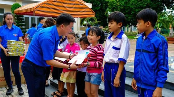 PV GAS tổ chức nhiều hoạt động mừng các ngày lễ lớn và kỷ niệm 29 năm thành lập  ảnh 6