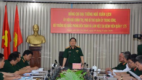 Đoàn công tác Bộ Quốc Phòng thăm Bệnh viện Quân y 175 ảnh 1