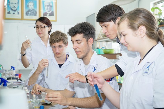 Đổi mới công tác thu hút cán bộ khoa học-công nghệ - Bài 3: Hướng tới đầu ra của nghiên cứu khoa học ảnh 1