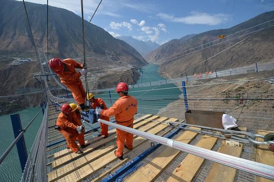 """Góc khuất phía sau những cây cầu """"đệ nhất thiên hạ"""" của Trung Quốc ảnh 2"""